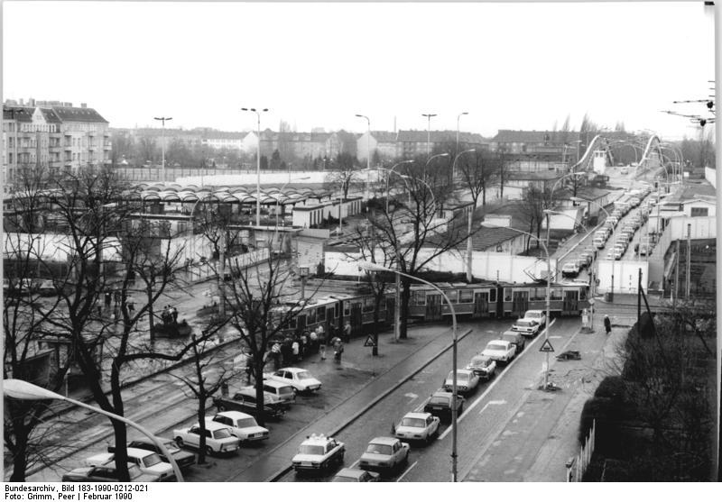 Bundesarchiv, Bild 183-1990-0212-021 / Grimm, Peer / CC-BY-SA